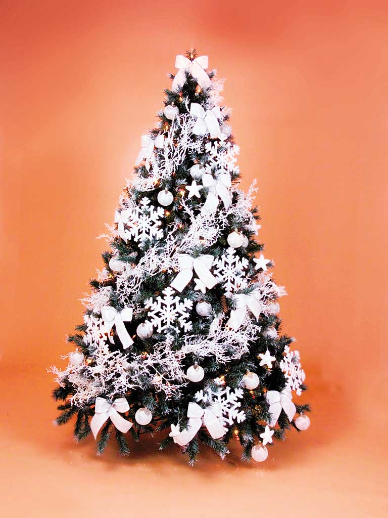 frosty christmas tree - Fully Decorated Christmas Tree