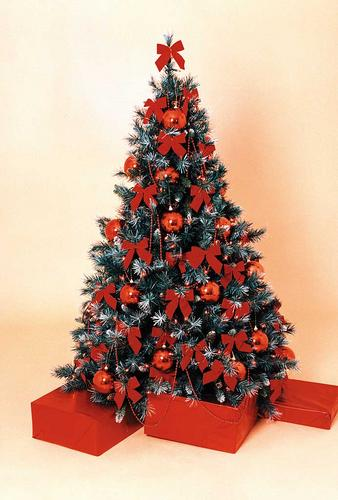 ruby red christmas tree - Fully Decorated Christmas Tree